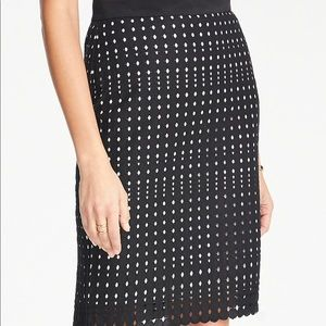 NWT Ann Taylor Black Eyelet Lace Pencil Skirt 6P